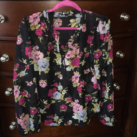 Lily White Tops - Lily White Floral Blouse